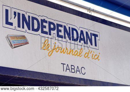 Perpignan , Occianie, France - 09 05 2021 : L'independant Perpignan French Newspaper South Regional