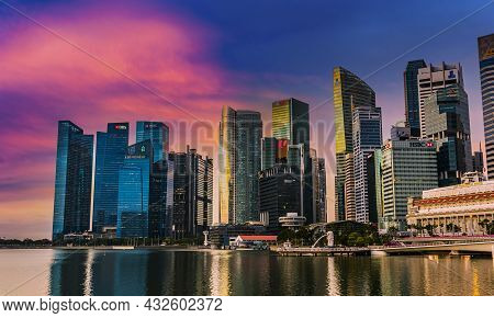 Singapore Downtown Business Architecture Viewed From Esplanade