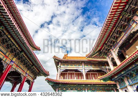 Wat Leng Nang Yi Temple Landmark For Tour Of Thailand In Nonthaburi Province