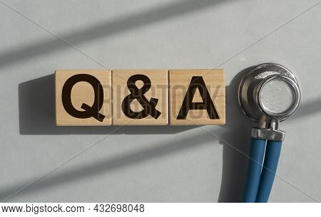 Q And A Acronym On Cubes. Medical Qna. Questions And Answers.
