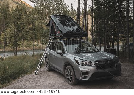 Big Creek Campground, Montana, United States: July 24, 2020: Subaru Forester With Roof Top Tent Show