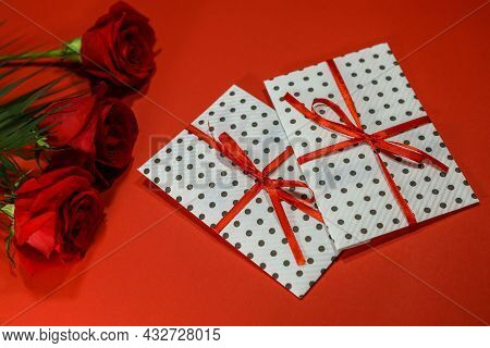 3 Red Roses With 2 Gifts Envelopes, Red Ribbons, Certificates, Invitation Card Inside. Craft Concept