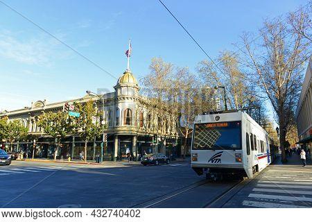 San Jose, Ca, Usa - Mar. 10, 2014: Santa Clara Valley Transportation Authority Vta Light Rail On S 2