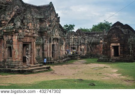 29,aug,2010,burerum Thailand,khao Phanom Rung Historical Park Is More Than A Thousand Years Old In B
