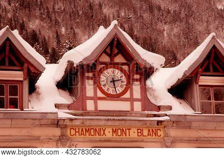 Chamonix Mont Blanc, France - January 25, 2015: Facade Of Chamonix Train Station, French Alps And Su