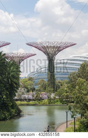 Singapore- Sep 9, 2021: The Supertree Grove At Gardens By The Bay In Singapore Near Marina Bay Sands