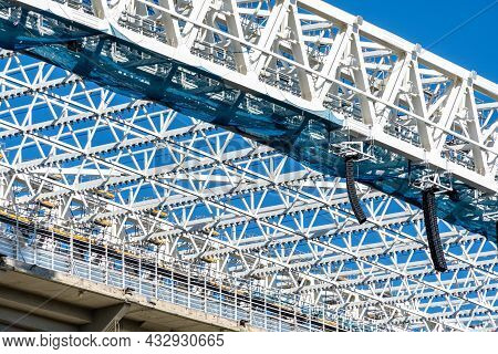 Structural Detail In Steel With Joints Between Metal Profiles