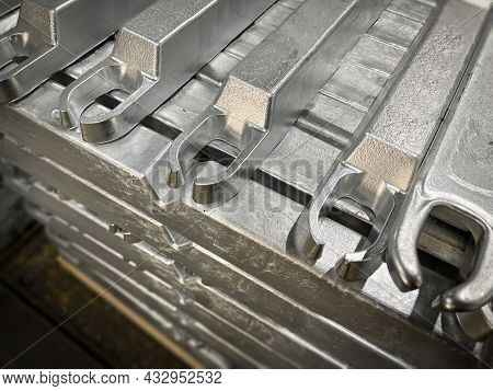 Aluminium Alloy Ingots Stacked In The Foreground, High-pressure Die Casting Material, Raw Material,