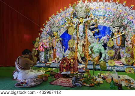 Howrah, West Bengal, India - 24th October 2020 : Goddess Durga Is Being Worshipped By Hindu Priest O