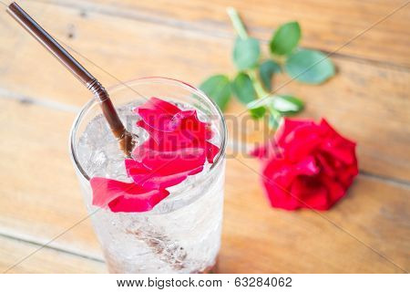Red Rose Petals Decorated Iced Pomegranate Drink