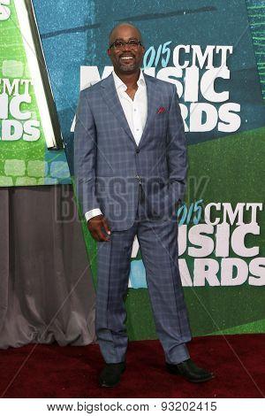 NASHVILLE, TN-JUN 10: Singer Darius Rucker attends the 2015 CMT Music Awards at the Bridgestone Arena on June 10, 2015 in Nashville, Tennessee.
