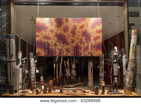 Retail Shop Window Display For Aboriginal Objects At Circular Quay