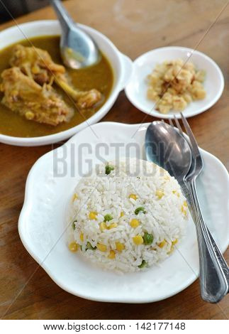 Steam Rice With Grain