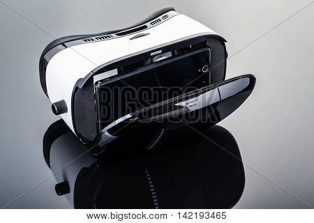 Virtual Reality For Smartphone