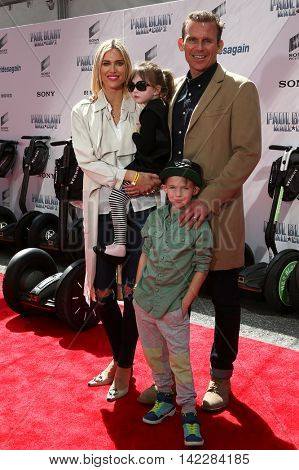 NEW YORK-APR 11: TV personality Kristen Taekman and family attend the world premiere of