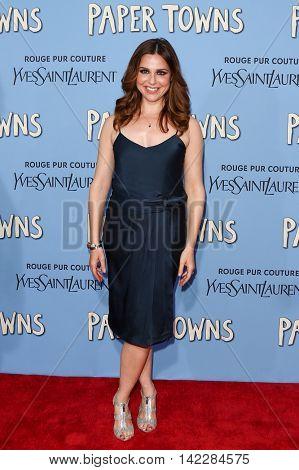 NEW YORK-JUL 21: Actress Cara Buono attends the