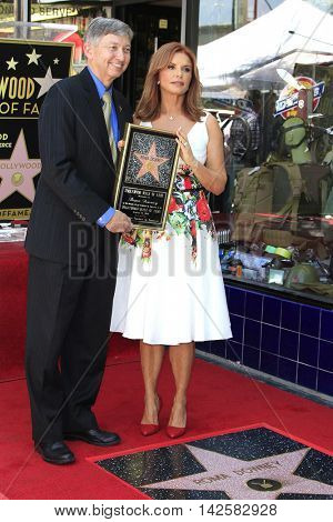 LOS ANGELES - AUG 11: Leron Gubler, Roma Downey at a ceremony where Roma Downey is honored with a star on the Hollywood Walk of Fame on August 11, 2016 in Los Angeles, California