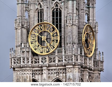 a clock that shows the passage of time. a nice watch and well structured. a beautiful image that impresses