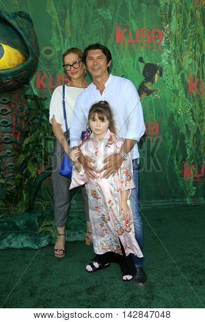 LOS ANGELES - AUG 14:  Lou Diamond Phillips, Yvonne Phillips, Indigo Phillips at the