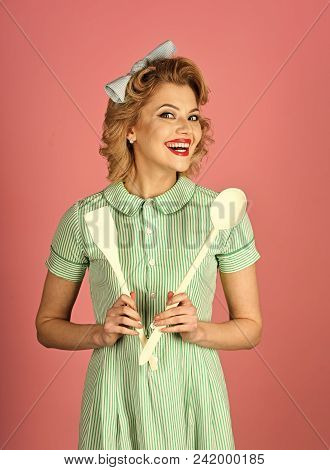 Girl Powered. Issues Face Girls. Chef Cooking, Wife. Everyday Life, Housework. Pinup Woman Cook Hold