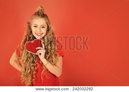 Fashion Young Kid Model Fece Close Up. Face Female Kid Wiht Happy Emotion. Party Time, Retro Kid In