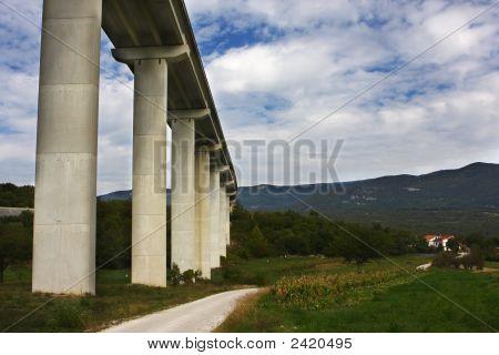 Nice Bridge Over The Valley