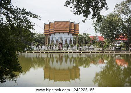 Thailand Isan Surin Wat Phrom Temple