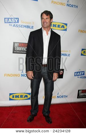 LOS ANGELES - OCT 10:  Tuc Watkins arriving at the Web-series