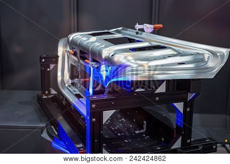 Robotic System 3d Scan. A Complex Metal Part Is Scanned By Light Rays.