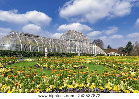 London, Uk - April 2018: Palm House, An Iconic Victorian Glasshouse That Recreates A Rainforest Clim