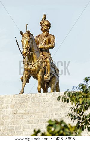Statue of feudatory ruler under the Vijayanagara Empire Kempe Gowda at Hebbal, Bangalore. The city of Bengaluru itself was established by Kempe Gowda in 1537 A.D, as the capital of his kingdom.