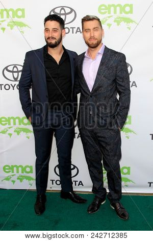 LOS ANGELES - MAY 22:  Michael Turchin, Lance Bass at the 28th Annual Environmental Media Awards at the Montage Beverly Hills on May 22, 2018 in Beverly Hills, CA