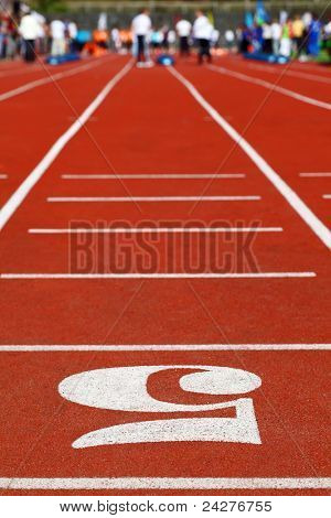 Running Track 5; perspective; special red cover for racing; people are far away