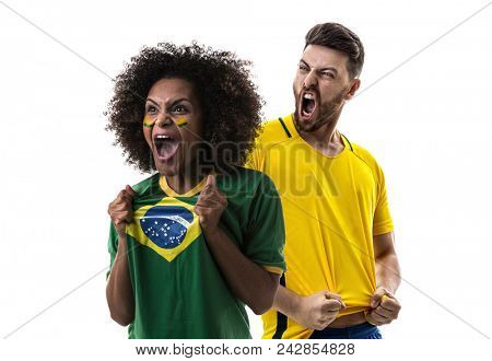 Young Brazilian couple fan celebrating