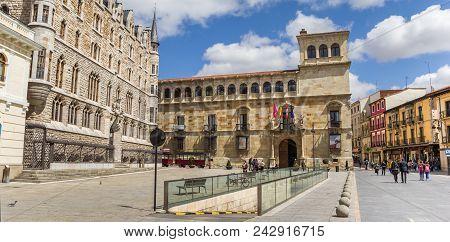 Leon, Spain - April 16, 2018: Panorama Of The Plaza San Marcelo In Leon, Spain