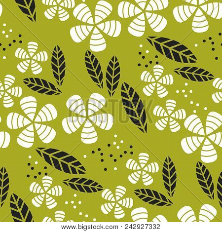 Simple Flat Tropical Flower Pattern In Green Color. Nature Floral Stock Vector Illustration.  Concep