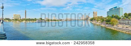Cairo, Egypt - December 24, 2017:  The Cityscape Of Cairo From Qasr El Nil Bridge, The Downtown And