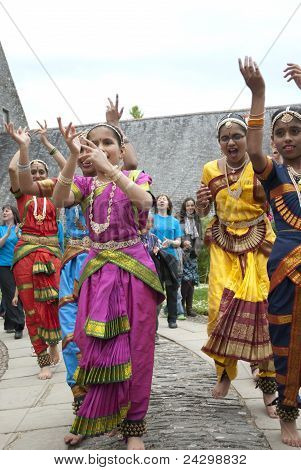 Indian dancers enjoying the procession at the opening ceremony of the Tagore festival
