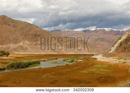 Chu River, Kyrgyzstan, Border Between The Issyk-kul Region And The Naryn Region, Kochkor