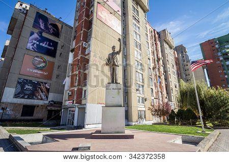 Prishtina, Kosovo - November 11, 2016: Bill Clinton Statue On Bill Klinton Boulevard. The Statue Was