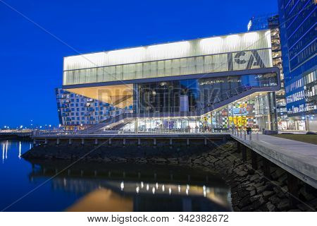 Boston, Usa - Dec. 28, 2019: The Institute Of Contemporary Art Ica At Seaport District At Sunset In