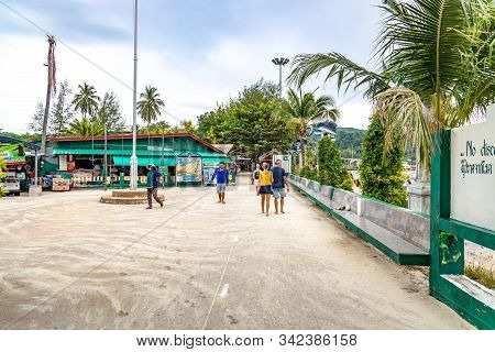 Phi Phi Island, Thailand - November 24 2019: People Walking About At Phi Phi Island In Thailand.