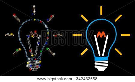 Glossy Mesh Invent Bulb Icon With Glare Effect. Abstract Illuminated Model Of Invent Bulb. Shiny Wir