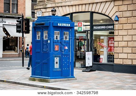 Glasgow, Sotland - July 31, 2019: The Famous Blue Police Booth At Wilson Street In Glasgow City Well