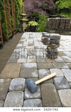 Laying Garden Pavers Patio