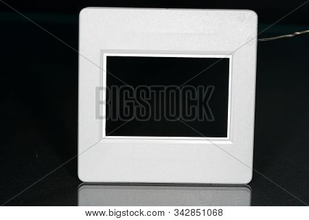 A Slide Frame Is A Small Frame In The Photograph, Which Includes The Slide And Thus Allows The Inclu