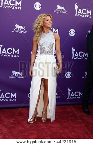 LAS VEGAS - MAR 7:  Kimberly Perry arrives at the 2013 Academy of Country Music Awards at the MGM Grand Garden Arena on March 7, 2013 in Las Vegas, NV