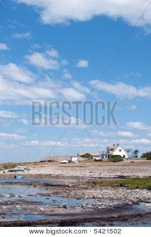 Little Coastline House