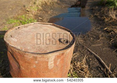 Leaking Oil