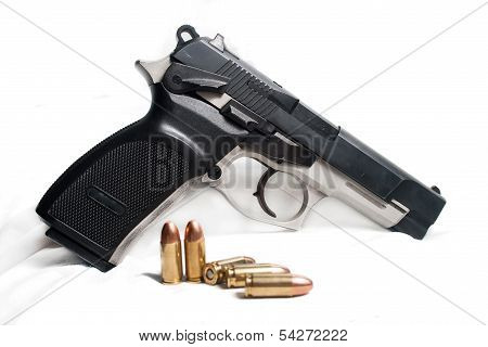 9mm Pistol with bullets
